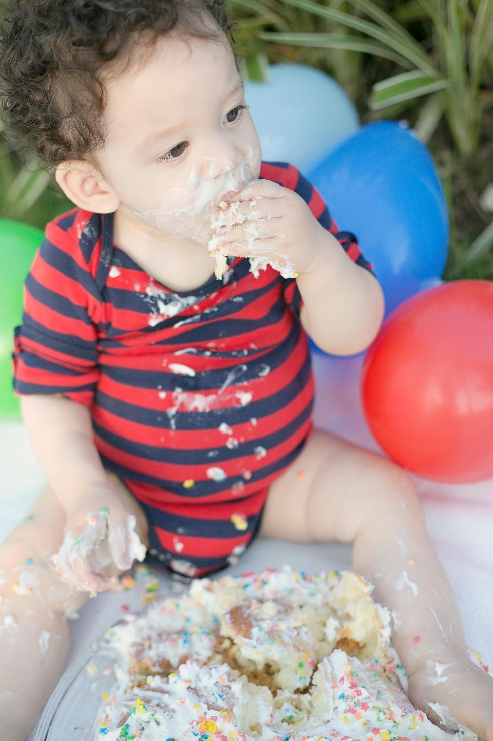 Raul {Smash the Cake}